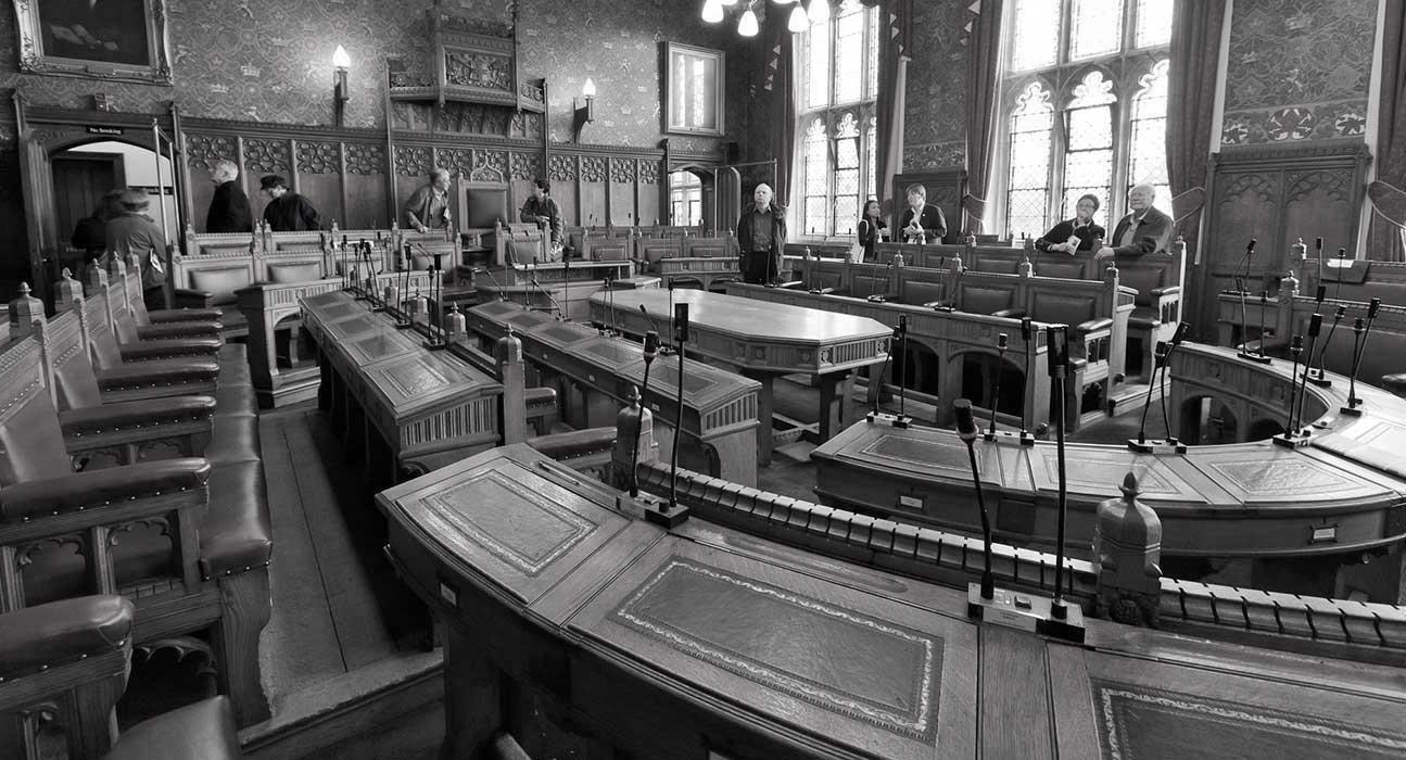 york-council-chamber b&W